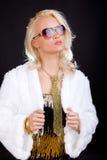 χρυσή κυρία γοητείας φορ& Στοκ φωτογραφία με δικαίωμα ελεύθερης χρήσης