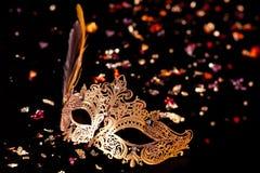 Χρυσή μάσκα καρναβαλιού Στοκ Εικόνα