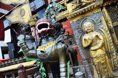 Χρυσή ναός ή παγόδα Hiranya Βάρνα Mahavihar μέσα Στοκ φωτογραφία με δικαίωμα ελεύθερης χρήσης