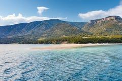 Χρυσή παραλία παραλιών κέρατων της Κροατίας Στοκ Εικόνα