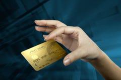 Χρυσή πιστωτική κάρτα Στοκ εικόνα με δικαίωμα ελεύθερης χρήσης