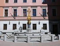Χρυσή πριγκήπισσα Turandot πηγών γλυπτών κοντά στο θέατρο Vakhtangov Στοκ φωτογραφία με δικαίωμα ελεύθερης χρήσης