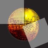 Χρυσή σφαίρα disco στο Μαύρο με δύο επιτροπές Στοκ φωτογραφίες με δικαίωμα ελεύθερης χρήσης