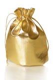 Χρυσή τσάντα δώρων Στοκ φωτογραφία με δικαίωμα ελεύθερης χρήσης