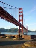 χρυσή όψη κτιστών πυλών οχυρών γεφυρών στοκ εικόνα