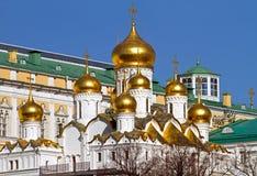 Χρυσοί θόλοι της Μόσχας Κρεμλίνο Στοκ εικόνα με δικαίωμα ελεύθερης χρήσης