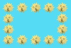 Χρυσοί συμβολικοί ήλιοι ως διακόσμηση Στοκ εικόνα με δικαίωμα ελεύθερης χρήσης