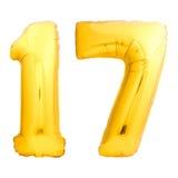 Χρυσός αριθμός 17 δεκαεπτά φιαγμένα από διογκώσιμο μπαλόνι Στοκ φωτογραφία με δικαίωμα ελεύθερης χρήσης