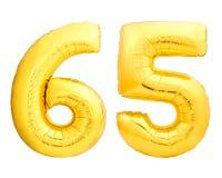 Χρυσός αριθμός 65 εξήντα πέντε φιαγμένα από διογκώσιμο μπαλόνι Στοκ Εικόνες