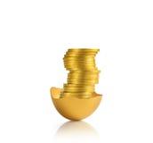 χρυσός αυγών που απομονών Στοκ Εικόνα
