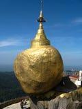 χρυσός βράχος Στοκ φωτογραφία με δικαίωμα ελεύθερης χρήσης
