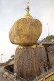 χρυσός βράχος Στοκ Εικόνες