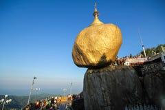Χρυσός βράχος Kyaiktiyo, το Μιανμάρ Στοκ Εικόνες