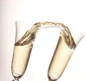 χρυσός γυαλιών σαμπάνιας στοκ φωτογραφία με δικαίωμα ελεύθερης χρήσης
