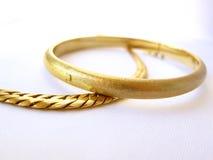 χρυσός δύο βραχιολιών Στοκ Εικόνες