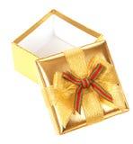 χρυσός δώρων κιβωτίων που ανοίγουν Στοκ εικόνες με δικαίωμα ελεύθερης χρήσης