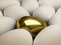 χρυσός μοναδικός αυγών Στοκ Εικόνες