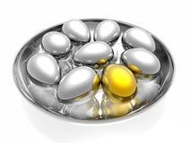 χρυσός μοναδικός αυγών Στοκ φωτογραφία με δικαίωμα ελεύθερης χρήσης