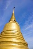 Χρυσός ναός Μπανγκόκ Ταϊλάνδη βουνών Στοκ φωτογραφία με δικαίωμα ελεύθερης χρήσης