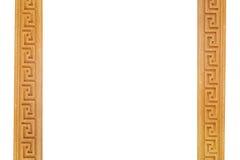 χρυσός πλαισίων ψαλιδίσματος ανασκόπησης συμπεριλαμβανομένου του απομονωμένου λευκού μονοπατιών Στοκ Φωτογραφία