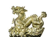 Χρυσός δράκος στο κινεζικό ύφος στοκ εικόνα