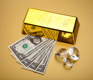 Χρυσός φραγμός, περιβαλλοντική οικονομική έννοια Στοκ Φωτογραφία