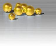 χρυσός Χριστουγέννων σφαιρών Στοκ Φωτογραφίες