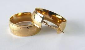 Χρυσός Earings Στοκ εικόνα με δικαίωμα ελεύθερης χρήσης