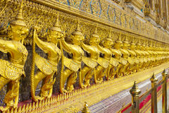 Χρυσός Garuda Στοκ φωτογραφίες με δικαίωμα ελεύθερης χρήσης