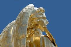 χρυσό άγαλμα αγγέλου Στοκ εικόνες με δικαίωμα ελεύθερης χρήσης