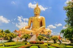 Χρυσό άγαλμα του Βούδα του μεγάλου Βούδα Στοκ φωτογραφίες με δικαίωμα ελεύθερης χρήσης
