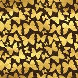 Χρυσό άνευ ραφής σχέδιο με τις πεταλούδες Στοκ φωτογραφίες με δικαίωμα ελεύθερης χρήσης