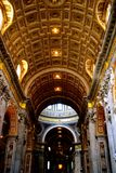Χρυσό ανώτατο όριο θόλων στη βασιλική του ST John Lateran Στοκ Εικόνες