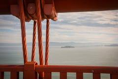 Χρυσό ασβέστιο του Σαν Φρανσίσκο γεφυρών αναστολής πυλών Στοκ Φωτογραφίες