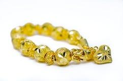 Χρυσό βραχιόλι 96 ταϊλανδικός χρυσός βαθμός 5 τοις εκατό με τη χρυσή μορφή καρδιών Στοκ Εικόνες