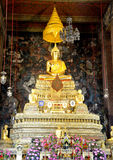 Χρυσό γλυπτό Ταϊλανδός του Βούδα Στοκ φωτογραφία με δικαίωμα ελεύθερης χρήσης
