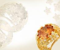 χρυσό δαχτυλίδι κοσμήματος καρτών στοκ φωτογραφία