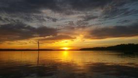 χρυσό ηλιοβασίλεμα Στοκ Φωτογραφίες