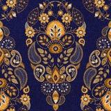 Χρυσό και μπλε floral άνευ ραφής σχέδιο Στοκ φωτογραφία με δικαίωμα ελεύθερης χρήσης