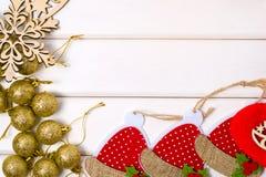 Χρυσό κόκκινο διακοσμήσεων Χριστουγέννων Στοκ φωτογραφίες με δικαίωμα ελεύθερης χρήσης