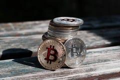 Χρυσό κόκκινο νόμισμα bitcoin Στοκ Φωτογραφία