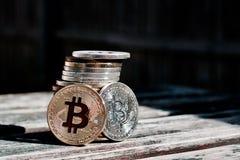 Χρυσό κόκκινο νόμισμα bitcoin Στοκ Εικόνες