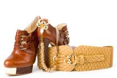 χρυσό λουρί παπουτσιών κοσμήματος Στοκ Φωτογραφίες