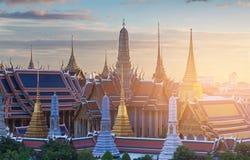 Χρυσό μεγάλο παλάτι της Ταϊλάνδης ναών Στοκ Φωτογραφίες