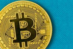 Χρυσό νόμισμα Bitcoin στην κινηματογράφηση σε πρώτο πλάνο Στοκ φωτογραφία με δικαίωμα ελεύθερης χρήσης