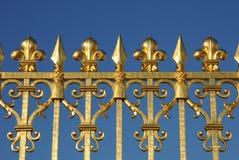 χρυσό παλάτι Βερσαλλίες πυλών Στοκ φωτογραφίες με δικαίωμα ελεύθερης χρήσης