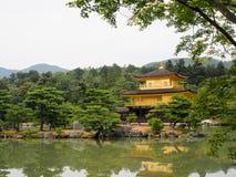 Χρυσό παλάτι Kinkaku-kinkaku-ji του Κιότο Στοκ φωτογραφία με δικαίωμα ελεύθερης χρήσης