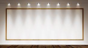 Χρυσό πλαίσιο στον άσπρο τοίχο Στοκ εικόνα με δικαίωμα ελεύθερης χρήσης