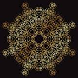 Χρυσό σχέδιο δαντελλών σε ένα μαύρο υπόβαθρο Στοκ Φωτογραφίες