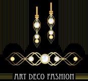 Χρυσό σύνολο κοσμημάτων deco τέχνης Σκουλαρίκια και πόρπη με τα ακριβά μαργαριτάρια Βικτοριανά κοσμήματα της Νίκαιας ελεύθερη απεικόνιση δικαιώματος